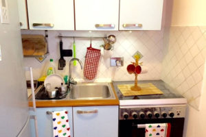 Kitchen Sink and Gas Stove - Pigneto65 - Your home in Rome