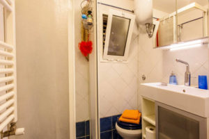 Shower Box and Toilet - Pigneto65 - your home in Rome